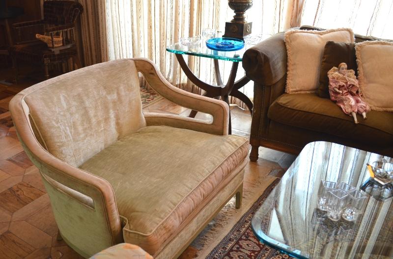 Mid Century Modern Seat